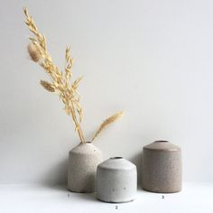 Image of Vases by Mizuyo Yamashita