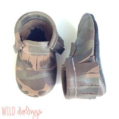 Camo leather baby toddler moccasins by WildDarlingsShop on Etsy, $27.00