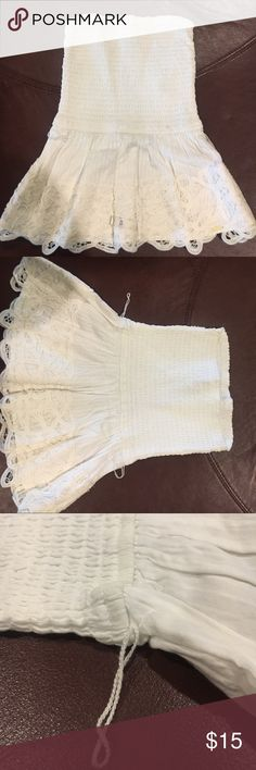 """Gilly Hicks Tube Top ✨perfect for summer time✨ NEW Gilly Hicks Sydney (aka formerly part of AF entity) tube top in white w: beautiful ruffles & crochet. Missing rope around waist. Upper top stretches. Approx. Measurement 15""""L & waist 20"""". Never worn, excellent condition (Petite) Gilly Hicks Tops Tank Tops"""