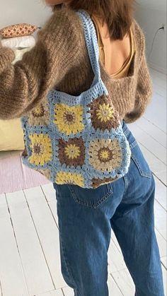 Cute Crochet, Knit Crochet, Crochet Crafts, Easy Crochet, Crochet Crop Top, Crochet Granny, Crotchet, Crochet Projects, Crochet Pattern