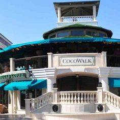 CocoWalk - Shopping Malls - Hang out with friends at CocoWalk with retail shops, popular eateries and a theater amid an outdoor courtyard