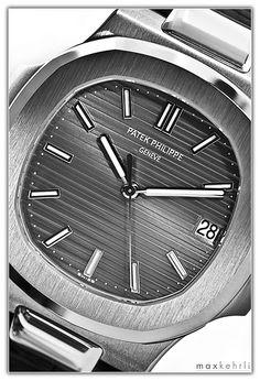 Patek Philippe � Nautilus Ref.... Patek Philippe Aquanaut, Patek Philippe Calatrava, Dream Watches, Watch Brands, Omega Watch, Nautilus, Time Management, Luxury, Addiction