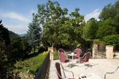 Estamos pensando en coger un buen  libro y devorarlo en la terraza al son de un rico Vemut de Mariano ( El Coteron ) . ¿Nos recomendáis alguno? #potes #hotelenpotes #restauranteenpotes #comerenpotes #dormirenpotes