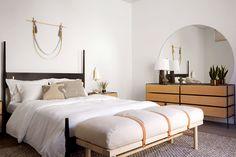 PARACHUTE HOTEL CHRIS EARL DANSK BED