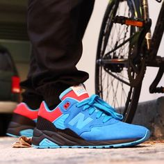"New Balance MRT580 x Shoe Gallery ""Tour de Miami"""