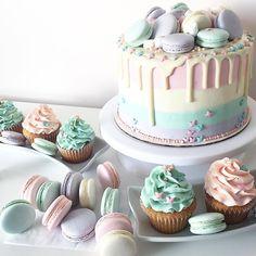 14th Birthday Cakes, Sweet 16 Birthday Cake, Elegant Birthday Cakes, Beautiful Birthday Cakes, Drip Cakes, Birthday Cake Girls Teenager, Party Deco, Birtday Cake, Birthday Cake Decorating