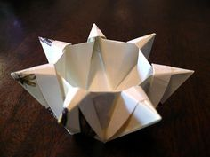 Seven-Pointed Star Bowl origami... it's genius!