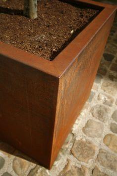 Corten planter - OSMOSE SARL
