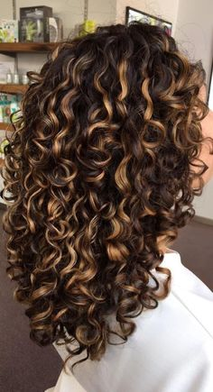 Colored Curly Hair, Curly Hair Cuts, Short Curly Hair, Wavy Hair, Curly Perm, Perms For Long Hair, Afro Hair, Color For Curly Hair, Brown Curly Hair