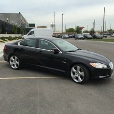 Car brand auctioned:Jaguar XF Supercharged Sedan 4-Door 2009 Car model jaguar xf supercharged sedan black on black 20 wheels new pirelli s