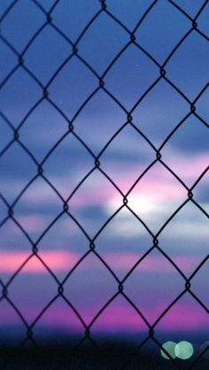 Fence Bokeh - The iPhone Wallpapers