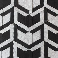 FIND YOUR WAY carpet back This way, we not only offer a modern, geometric interiour design product, but the experience of creation and slow life.  carawonga.com  #carawonga #modular #modularart #rug #carpet #textildesign #puzzle #design #interiordesign #instahome #instadecor #decor #floor #designstartup #eco #ecofriendly #zerowaste #savetheplanet #diy #doityourself #madebyyou #home #homedesign #geometry #geometric #simmetry #slowlife #slowliving #etsy #etsyshop