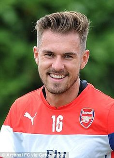Who knows who: Ramsey...