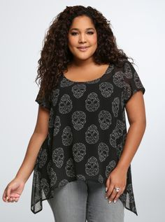Starry Skull Chiffon Blouse From the Plus Size Fashion Community at www.VintageandCurvy.com