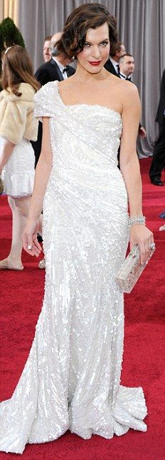 ♥ Oscars 2012 Fashion Review: BEST DRESS #4: Milla Jovovich in Elie Saab...love the fabric and cut of this dress <3