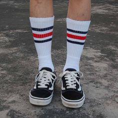 http://www.google.com.mx/url?sa=i&source=imgres&cd=&cad=rja&uact=8&ved=0CAYQjhwwAA&url=http%3A%2F%2Fwww.aliexpress.com%2Fpopular%2Frock-socks.html&ei=04aUVYGQDZCwyAS9kpCwAQ&psig=AFQjCNFUcDeD-dWkcO6BmQ8c-PT5aOJlxw&ust=1435883603286162