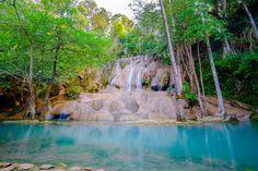 Bạn là người thích  khám phá và trải nghiệm những điều mới mẻ, #tourkhamphakanchanaburi #tourdulichkanchanaburi #dulichkanchanaburi :*  ☀ Thác nước ở thành phố Kanchanaburi là món quà được mẹ thiên nhiên ban tặng. Bạn sẽ thấy mình thật nhỏ bé khi đứng giữa cảnh quan thiên nhiên hùng vĩ này khi du lịch Kanchanaburi. Những thác nước với tiếng ầm vang của dòng nước xối vào vách đá, ánh sáng chói lóa của những tia nước phản chiếu ánh mặt trời sẽ khiến du khách lưu luyến khi rời khỏi...