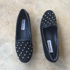 Steve Madden flats Adorable gold studded flats from Steve Madden. All around black suede. Only been worn once inside, like new condition! Material has no damage. Steve Madden Shoes Flats & Loafers