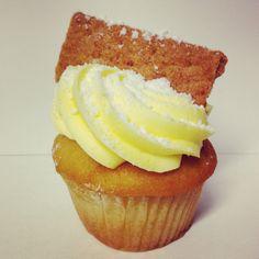 Lemon Drop Cupcake Freshly Baked, Frostings, Bakery, Lemon, Cupcakes, Drop, Desserts, Mulches, Tailgate Desserts