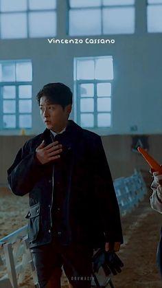 Korean Drama Songs, Korean Drama Funny, Korean Drama Best, Korean Drama Quotes, K Drama, Drama Gif, Song Joong Ki Cute, Soon Joong Ki, 17 Kpop