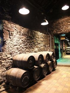 Porto Cellars in Porto and learn about the famous wine www.guidora.com