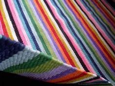 Tapetes  Coloridos Listrados  De  1,80 X  2,30 - R$ 450,00