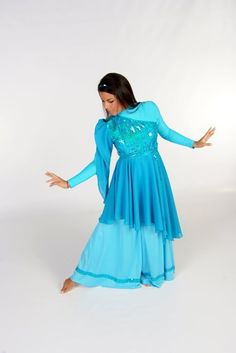 Purchase Praise Clothing at a price your Praise & Worship Dance Ministry can afford. Get Dance Wear at group discounts. Praise Dance Wear, Praise Dance Dresses, Worship Dance, Garment Of Praise, Ballet Clothes, African Fashion Dresses, Dance Outfits, Ladies Dress Design, Flags