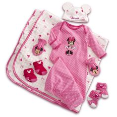 LOVE The beanie with EARS!!!@    MINNIE MOUSE Welcome Home 6-Piece Set