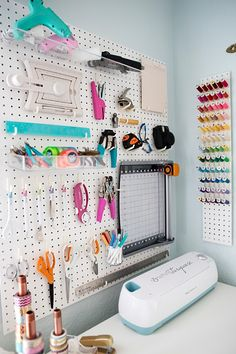 Something Turquoise / Jen's craft room is amazing!!
