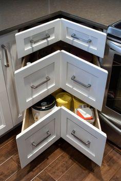 Les tiroirs d'angle sont indispensables pour les petites cuisines - Page 2 de 3