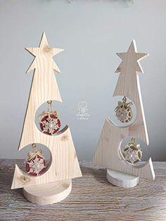 Christmas Wood Crafts, Country Christmas Decorations, Christmas Tree Crafts, Holiday Tree, Christmas Projects, Xmas Decorations, Christmas Ornaments, Wooden Xmas Trees, Christmas Service