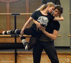 Hugo Marchand and Leonore Baulac rehearse 'La nuit s'acheve' de Benjamin Millepied