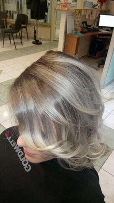 Wykonanie: Edyta. www.fryzjer.lublin.pl #hair #hairstyle #haircut #dyed #color #woman #girl #włosy #fryzjer #damski #damskie #fryzury #Lublin