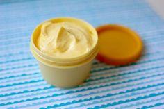 Lehký letní krém, který rozzáří vaši tvář – Kosmetika hrou Nordic Interior, Organic Beauty, Aloe Vera, The Balm, Peanut Butter, Homemade, Cream, Desserts, Masky
