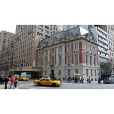 Upper East Side: The south-east corner of East 86th Street and Fifth... ❤ liked on Polyvore featuring backgrounds, pictures, new york, photos and places