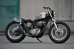 g-spirited / YAMAHA SR400