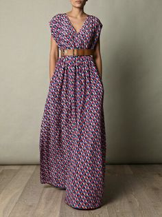 Love this dress. Would be adorable cut off at the knee too.