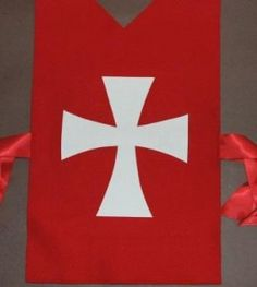 Knights Templar Cross Template Diy Knight Costume, Mike The Knight, Princess Birthday, Princess Party, Makeover Party, Medieval Fair, Princess Crafts, Knight Party, Magic Treehouse