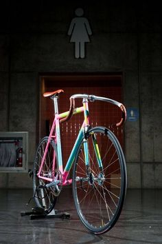Jenny Oh Hatfield's fixed gear bike from Broakland Bikes features a painted…