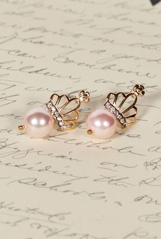 ~ Every Day's A Holiday ~ **Pink Pearl Crown Earrings