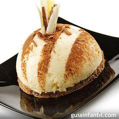 La leche merengada es uno de los postres más típicos de la gastronomía española, con esta receta para niños puedes convertir esta bebida en un rico helado de leche merengada.