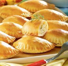 Greckie pierogi pieczone z serem feta A. Rogalski