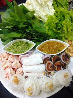 Seafood Platter For Two 54 Super Ideas Thai Food Menu, Clean Recipes, Cooking Recipes, Authentic Thai Food, Cambodian Food, Laos Food, Thai Street Food, Food Platters, I Foods