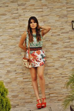 Fashion blogger: Visit my fashion blog for more looks and fashion tips: http://stylisheverywhere.blogspot.com/