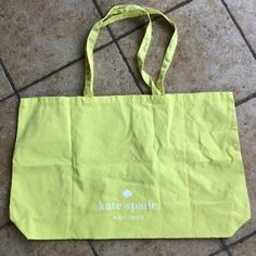 """Brand new and never used. 32"""" x 15"""" Kate Spade on both sides Great for the beach or the weekend! Reusable washable Kate Spade Totes, Kate Spade Tote Bag, Beach Tote Bags, Tote Handbags, Really Cool Stuff, Reusable Tote Bags, Things To Come, Brand New, Crocheted Purses"""