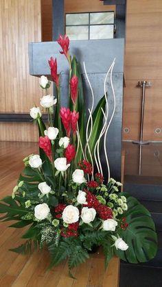 Inexpensive Wedding Venues In Nj Code: 8760546633 Contemporary Flower Arrangements, Tropical Flower Arrangements, Funeral Flower Arrangements, Ikebana Arrangements, Beautiful Flower Arrangements, Altar Flowers, Church Flowers, Funeral Flowers, Flowers Garden