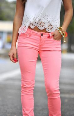 how to wear my pink pants? Mode Outfits, Casual Outfits, Fashion Outfits, Womens Fashion, Fashion Pants, Latest Fashion, Fashion Trends, Looks Chic, Looks Style