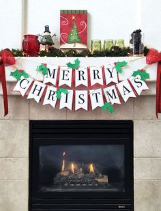 Make your own DIY Christmas banner with these free printables. A quick and easy paper craft for your holiday decor that you can make in minutes!