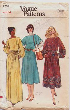 Vintage 1970s Vogue Pattern 7202 Womens Blouson by CloesCloset, $9.00