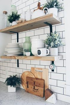 Farmhouse Kitchen Decor Ideas: Great Home Improvement Tips You Should Know! You need to have some knowledge of what to look for and expect from a home improvement job. Farmhouse Style Kitchen, Home Decor Kitchen, New Kitchen, Home Kitchens, Kitchen Ideas, Shelves In Kitchen, Bathroom Shelves, Kitchen Sink, Farmhouse Sinks
